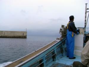 陸奥湾へ出航