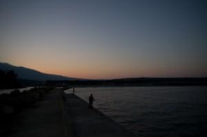 吹浦港の夜明け