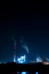 製紙工場の夜